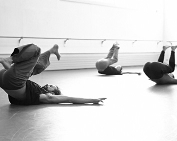 gn-mc Guy Nader and Maria Campos Falling and Rolling Workshop