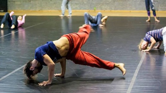 gn   mc Guy Nader and Maria-Campos falling & rolling workshop